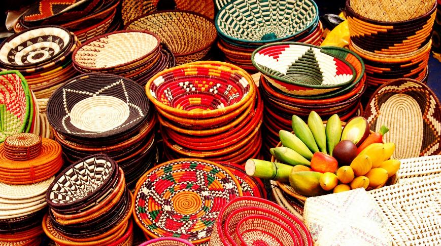 crafts on Tanzania safari